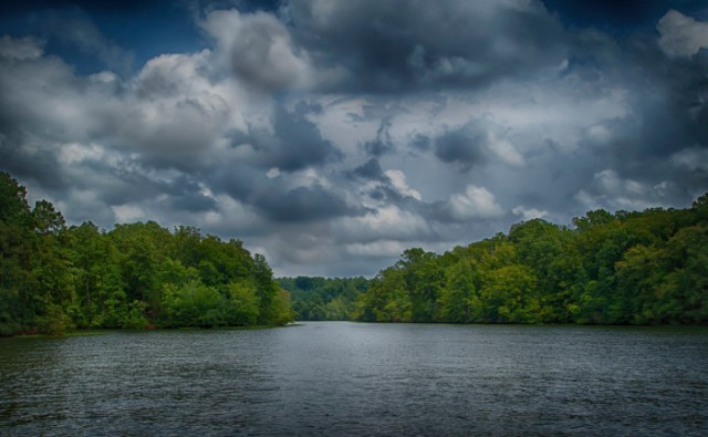 Lake-Gaston--700x433
